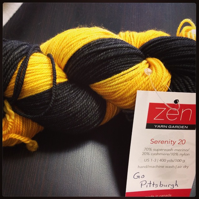 OMG soooooo tempting!!! #pittsburgh #yarnstore #naturalstitches #blackandgold #zenyarngarden #needaprojectidea