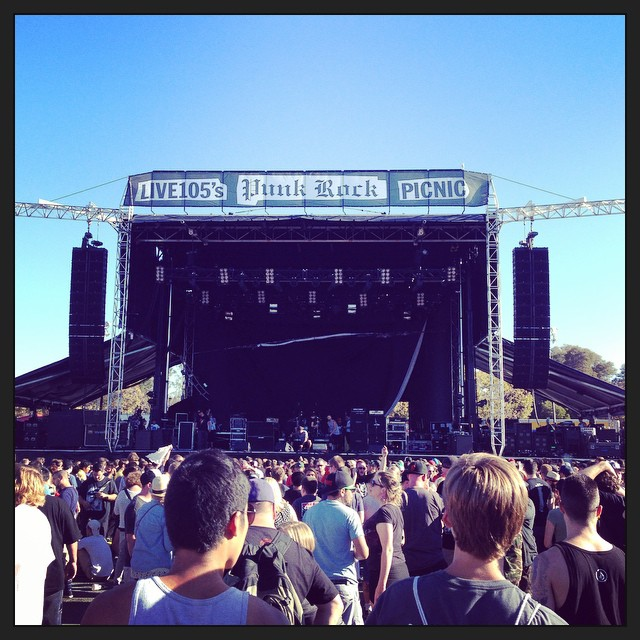 Almost time for Pennywise! Then Bad Religion, then Offspring!! #punkrockpicnic #offspring #pennywise #badreligion #ShorelineAmp