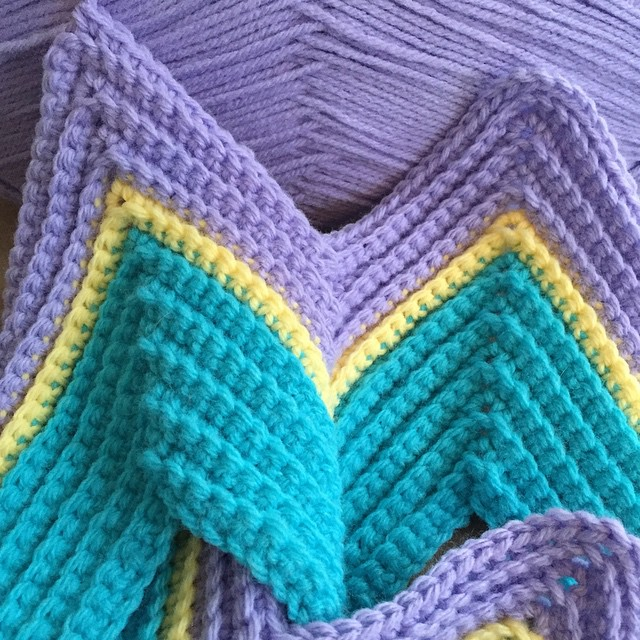 Next baby blanket project is underway :) #crochet #chevron #stripes #babyblanket #newproject #nurserydecor #blanket #zigzag