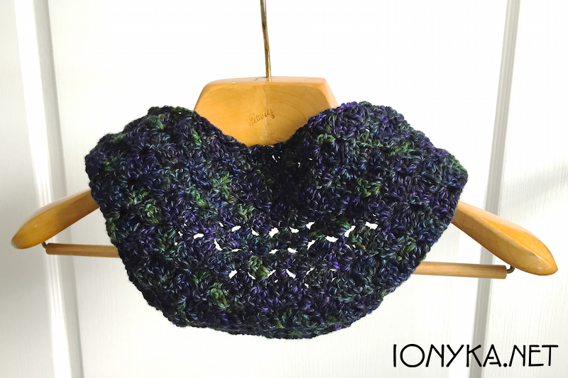 Threads by ionyka - Mountain Colors Cowl1