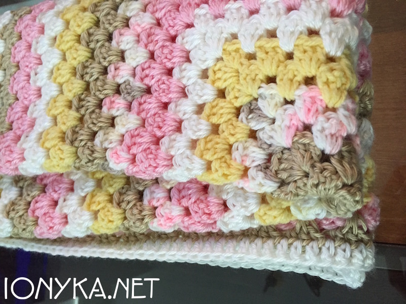 Threads by ionyka - Granny Square Gift Blanket3